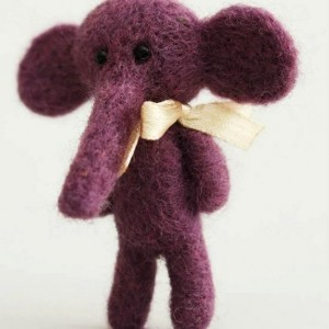 Elephant brooch-purple