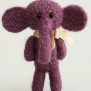 Elephant brooch-purple3