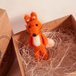 Fox brooch-Orange2