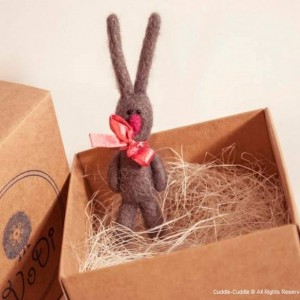 Rabbit brooch-Gray3