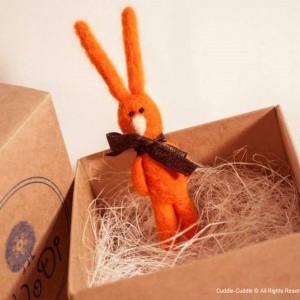 Rabbit brooch-Orange1