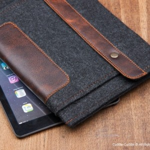 iPad case-black with pocket1