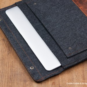MacBook Dark Felt Case
