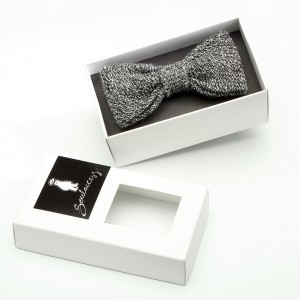 Knitted Bow Tie-Black & White